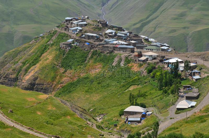 Xinaliq,阿塞拜疆,大高加索山脉范围的遥远的山村 库存照片