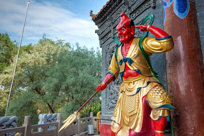 XINING CHINY, Jul, - 5 2014: Północna Halna świątynia (Tulou Guan) n zdjęcia royalty free