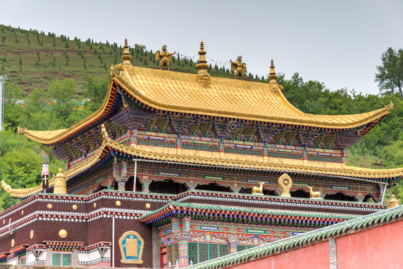 XINING CHINY, Jun, - 30 2014: Kumbum monaster sławny punkt zwrotny zdjęcie stock