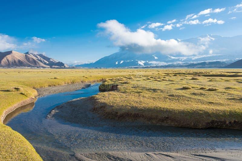 XINJIANG, CHINA - May 21 2015: Morning view at Karakul Lake. a famous landscape on the Karakoram Highway in Pamir Mountains, Akto. County,Kizilsu Kirghiz stock photography