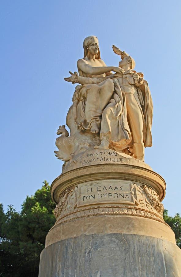 XIX Eeuwbeeldhouwwerk van Lord Byron in Athene, Griekenland royalty-vrije stock foto's