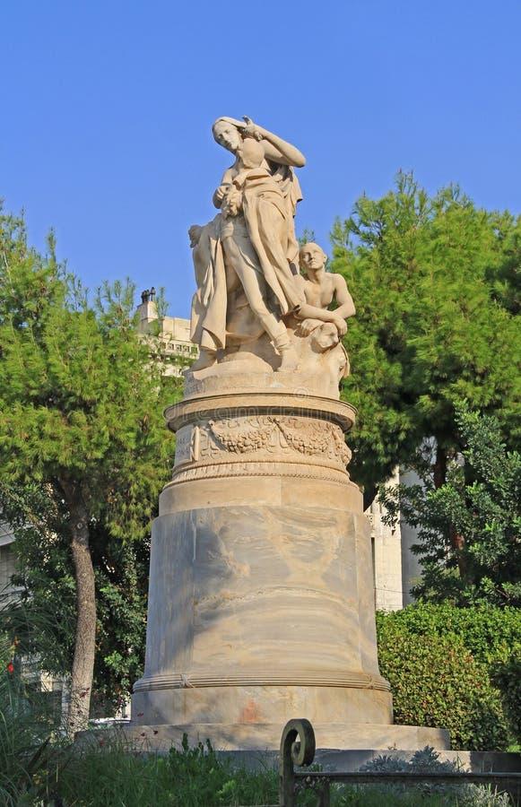 XIX Eeuwbeeldhouwwerk van Lord Byron in Athene, Griekenland stock afbeeldingen