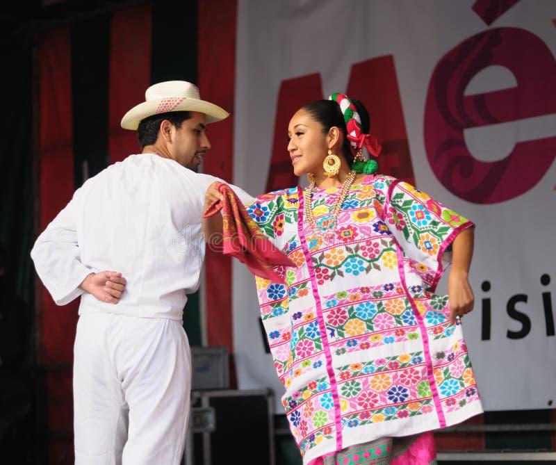 Xochicalli墨西哥民俗的小组 免版税库存图片