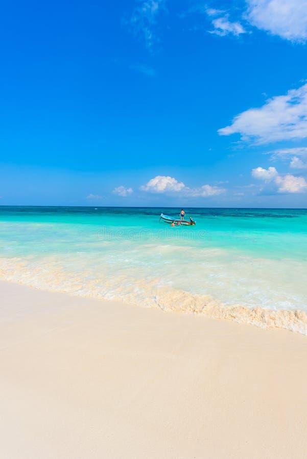 Xpu-Ha Strand - mooie Caraïbische kust van Mexico - Riviera Maya royalty-vrije stock fotografie
