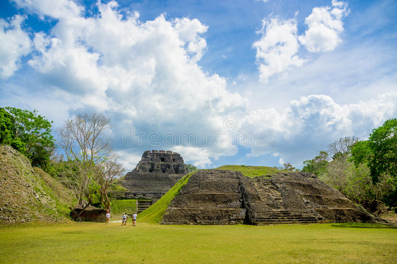 Xunantunich-Maya-Standortruinen in Belize lizenzfreies stockfoto