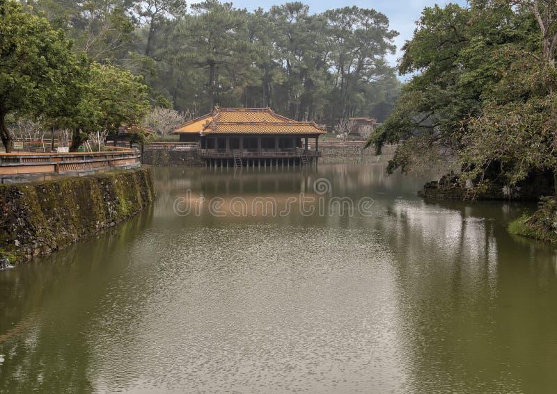 Xung Khiem亭子在嗣德帝皇家坟茔,颜色,越南 图库摄影