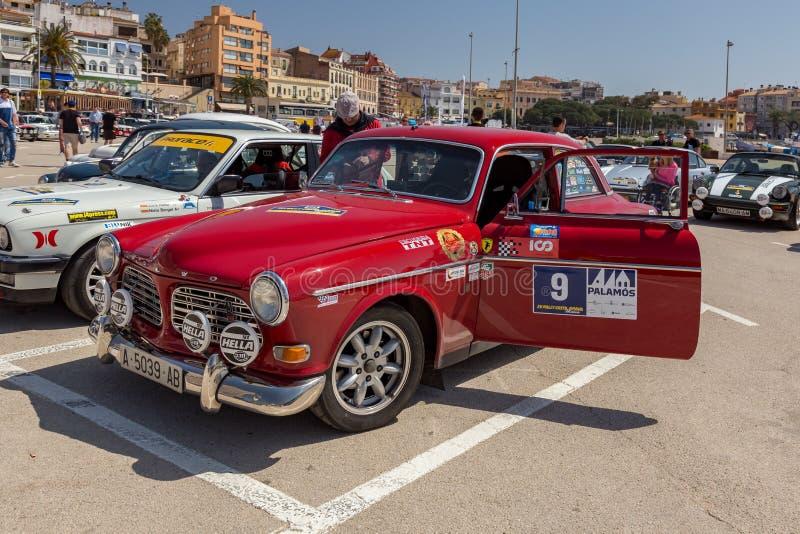 XV Sammlungs-Costa Brava Historic-Autorennen in einer Kleinstadt Palamos in Katalonien 04 20 2018 Spanien, Stadt Palamos lizenzfreies stockfoto