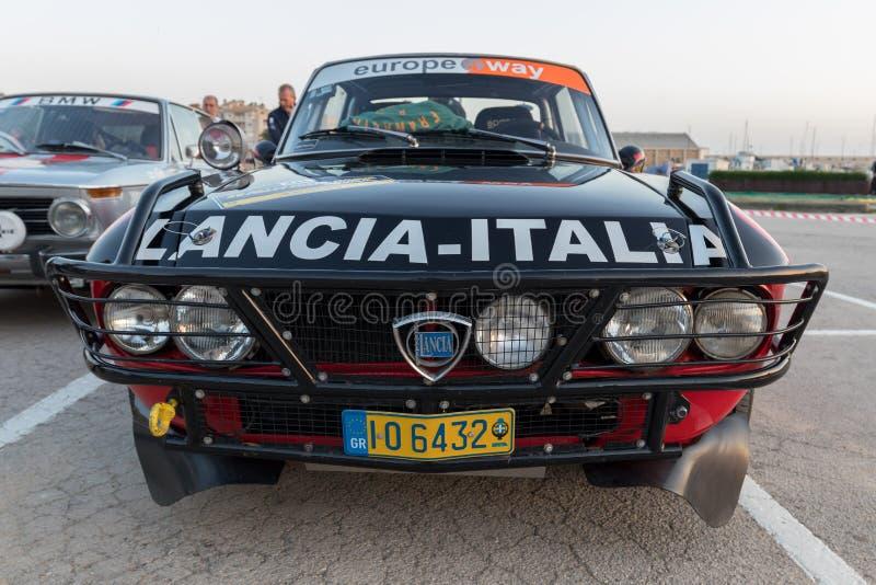 XV Zlotnego Costa Brava Historyczna samochodowa rasa w miasteczku Palamos w Catalonia 04 19 2018 Hiszpania, grodzki Palamos obraz stock