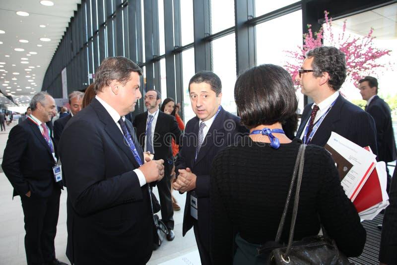 XX het internationale economische forum van Heilige Petersburg (SPIEF 2016 Rusland) bezoekers, gasten en deelnemers van het forum royalty-vrije stock afbeelding