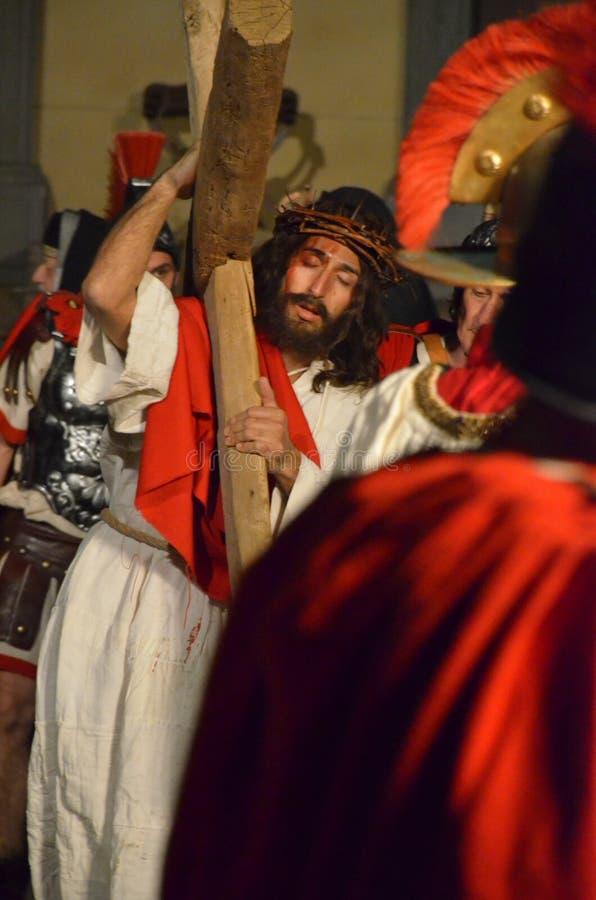 Download XXVIII Edizione Antignano Via Crucis Immagine Stock Editoriale - Immagine di commemoration, caratteri: 57605304