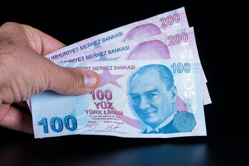 100 y 200 billetes de banco turcos foto de archivo