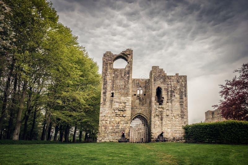 Y otros castillo en Northumberland, Inglaterra foto de archivo