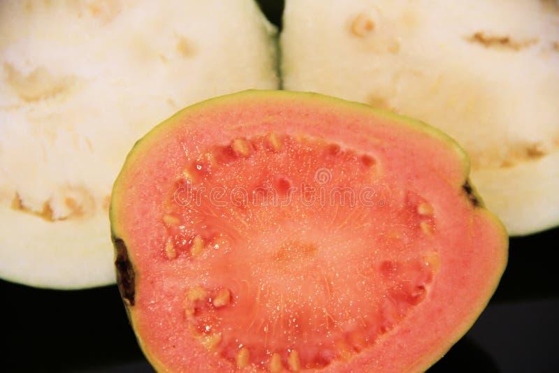 Y roja sao saludable aislado guayaba blanca Paulo Brazil de la agricultura de la comida deliciosa imagen de archivo