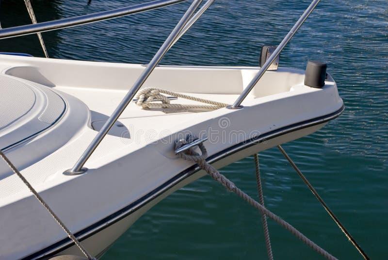 Download Yacht fotografia stock. Immagine di corsa, albero, mattina - 7304064