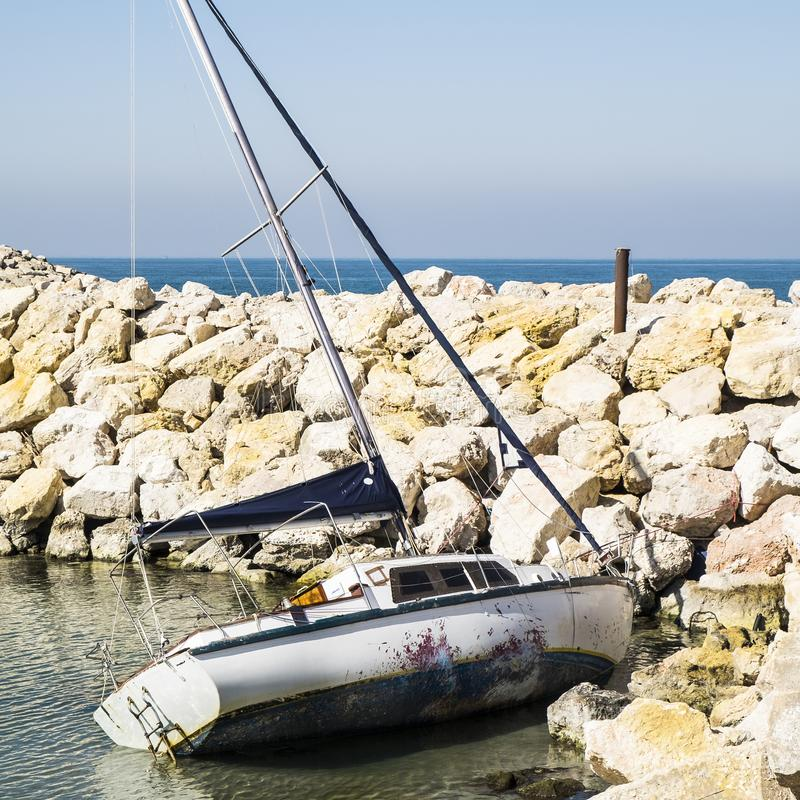 Yacht après l'accident photos libres de droits