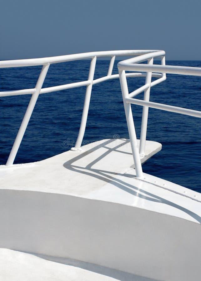 Yacht blanc image libre de droits