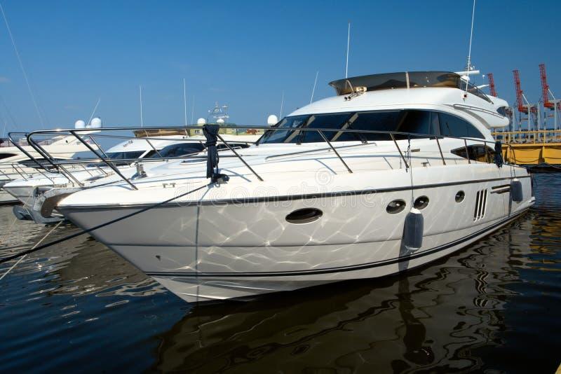 yacht blanc luxueux photo stock