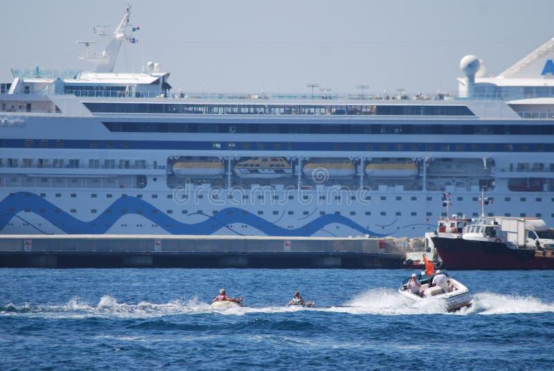 Yacht Britannia, véhicule, bateau, paquebot, bateau du ` s de Sa Majesté de moteur images stock