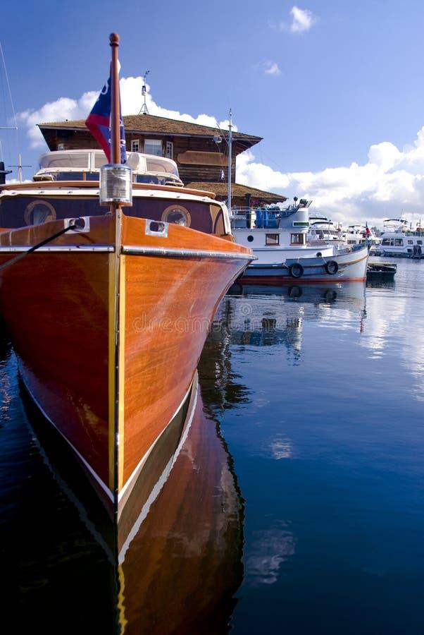 Yacht classico al porticciolo fotografia stock