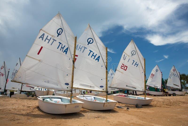 Yacht club do porto do oceano foto de stock