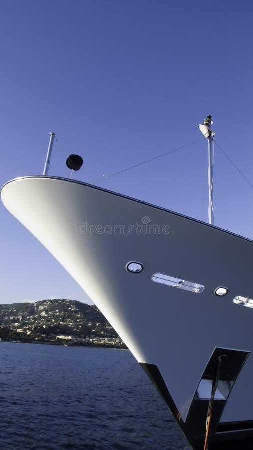 Yacht a curva fotos de stock royalty free