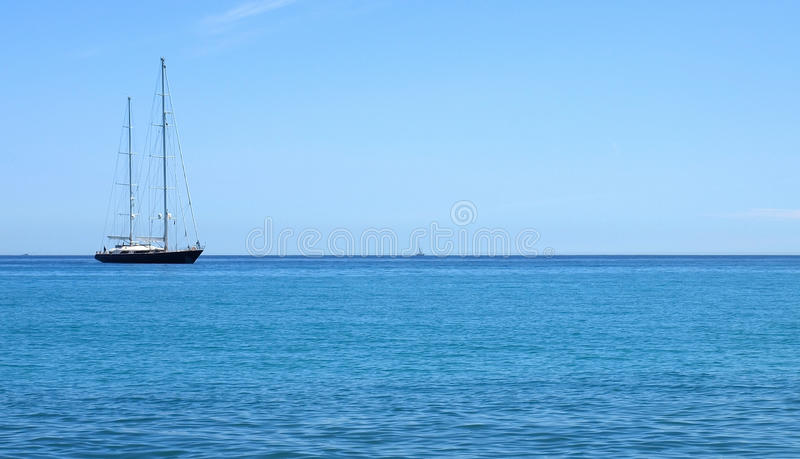 Yacht d'Antibes images stock