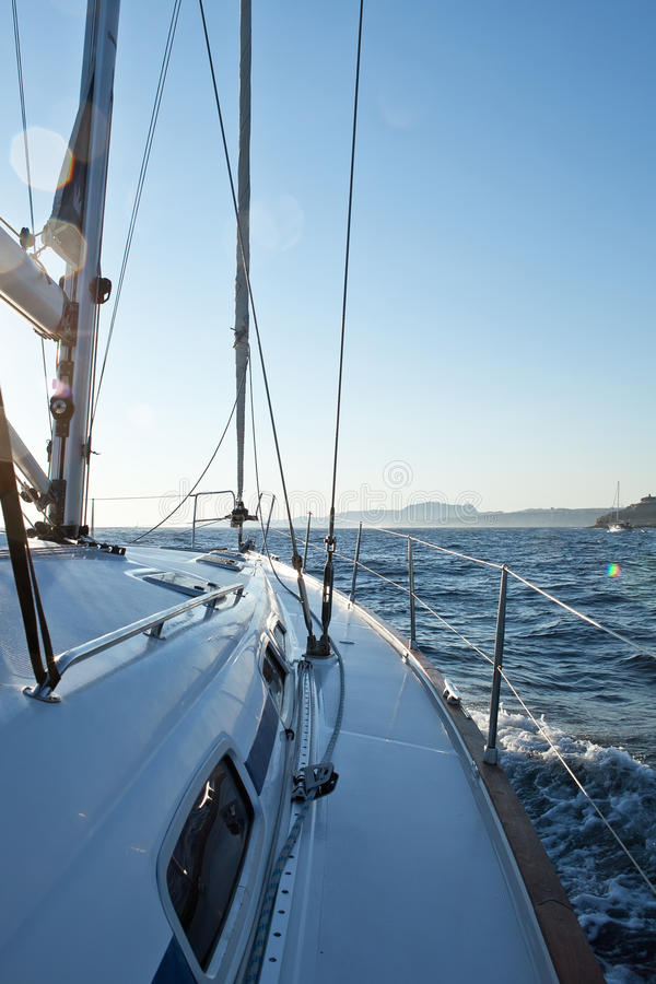 Yacht d'emballage photographie stock