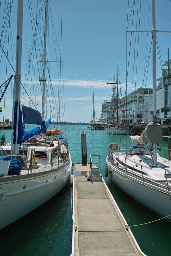 yacht de port d'Auckland photos stock
