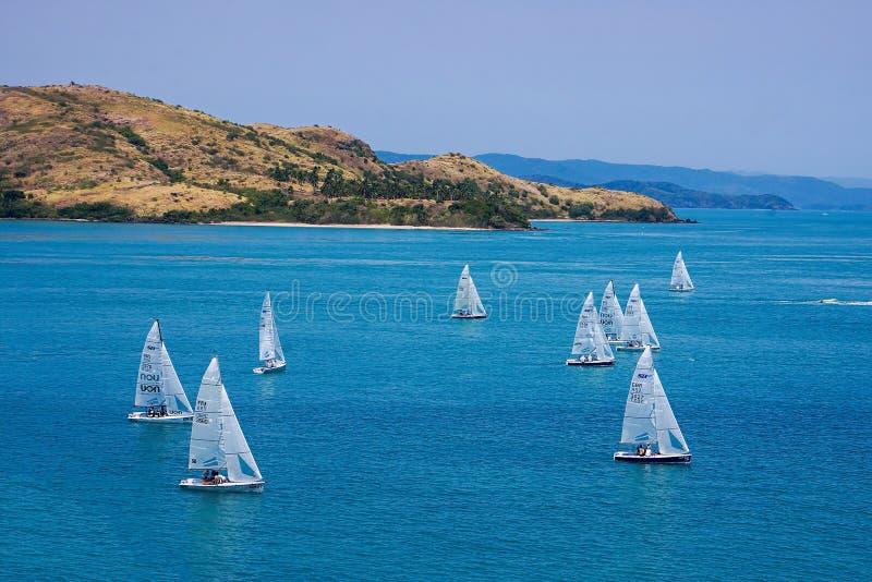 Yacht emballant chez Hamilton Island images libres de droits