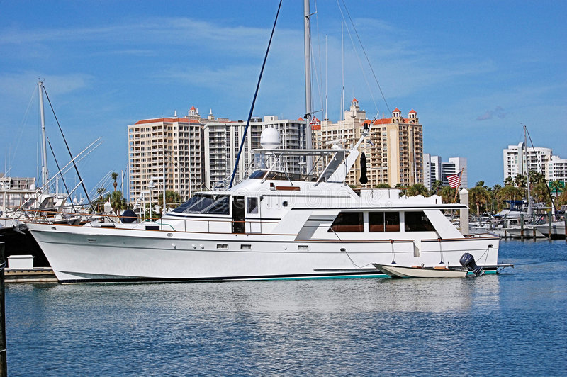 Yacht im Sarasota-Hafen stockbild