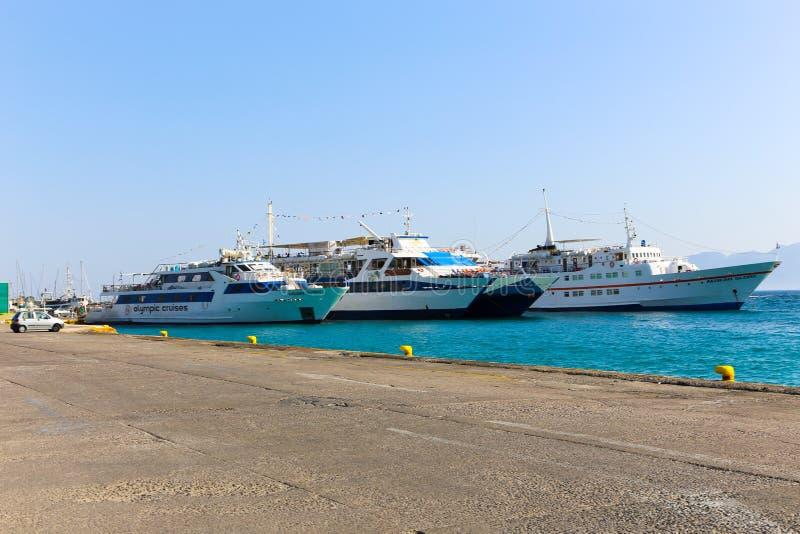 Yacht - isole della Grecia immagini stock