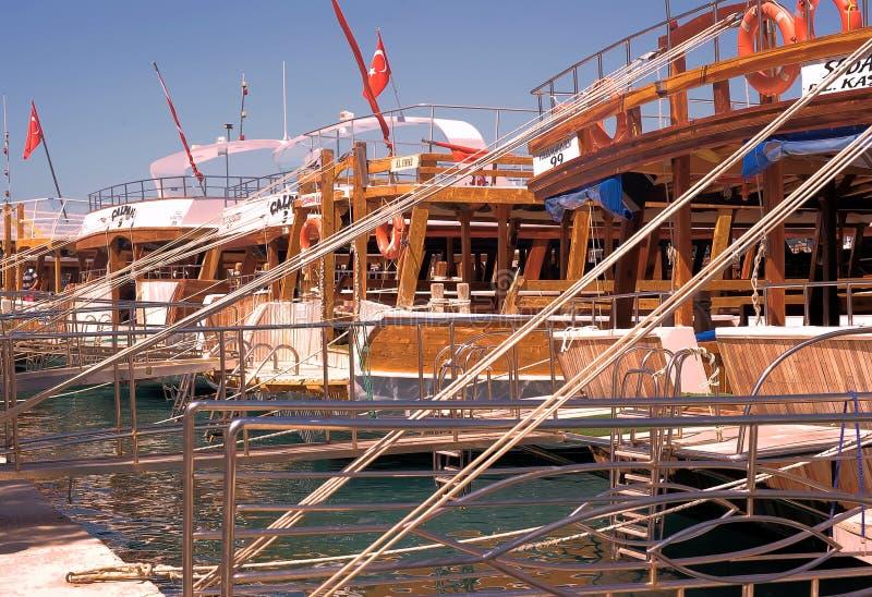 Yacht nella porta fotografia stock libera da diritti