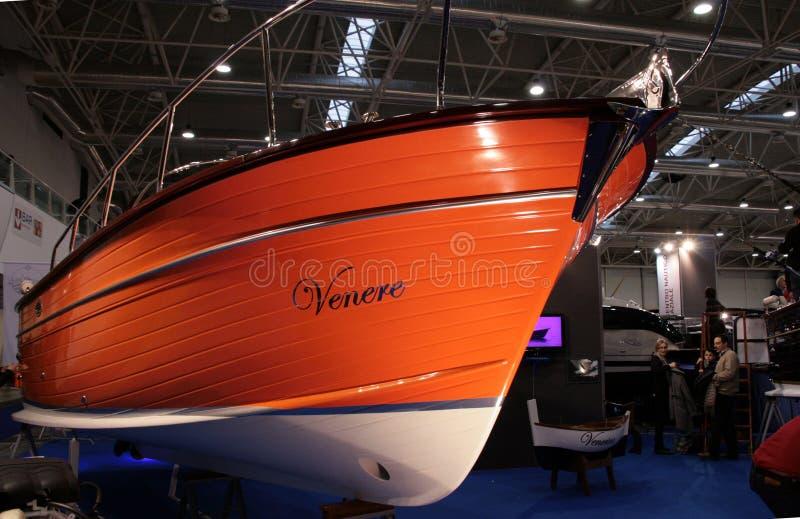 Yacht orange de moteur photo libre de droits