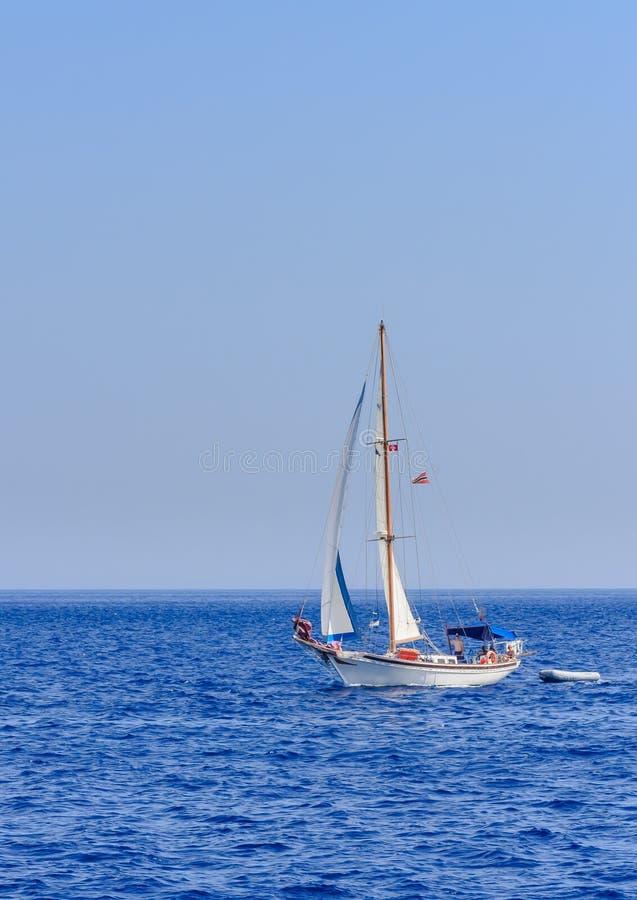 Yacht Paysage marin La Grèce photographie stock libre de droits