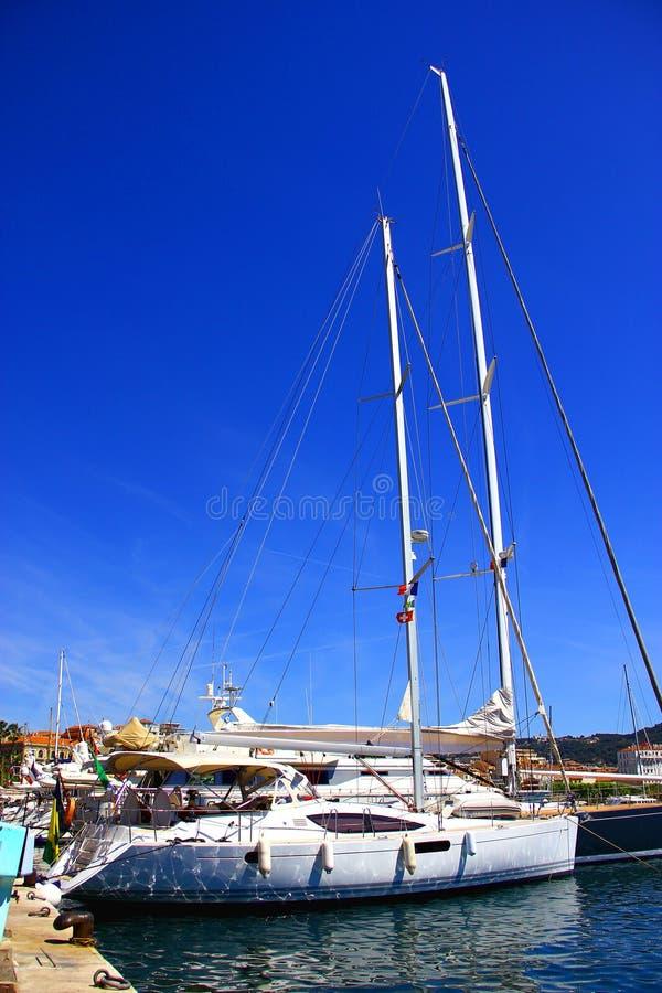 Yacht in porticciolo fotografia stock