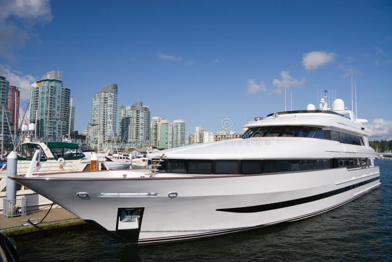 Yacht privé photographie stock libre de droits
