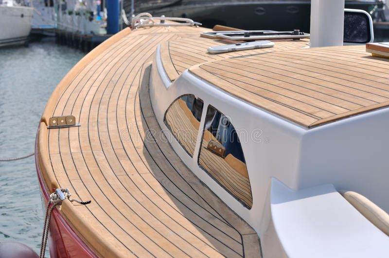 Download Yacht Stop In Harbor Royalty Free Stock Photography - Image: 17210937