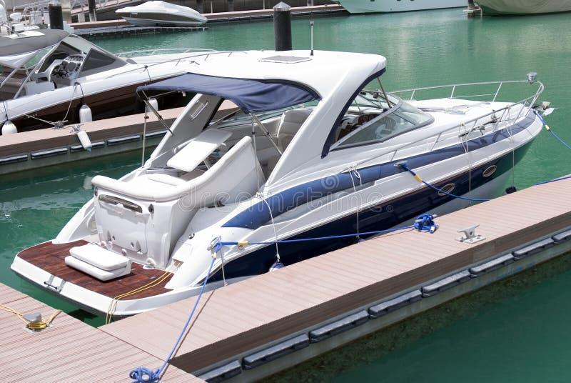 Yacht superbe images libres de droits