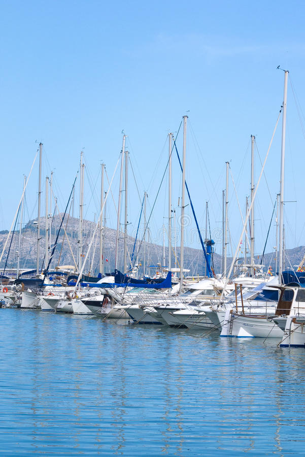 Yachten festgemacht in Mallorca, Spanien lizenzfreie stockfotos