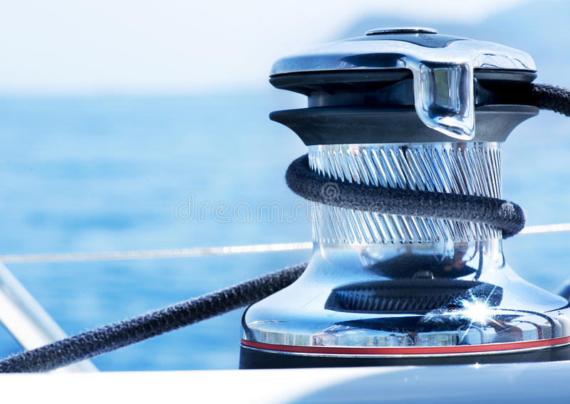 Yachting lizenzfreie stockbilder