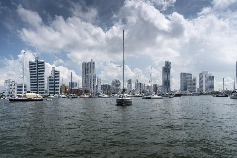 Yachts amarrés outre de Managa, Carthagène, Colombie image stock