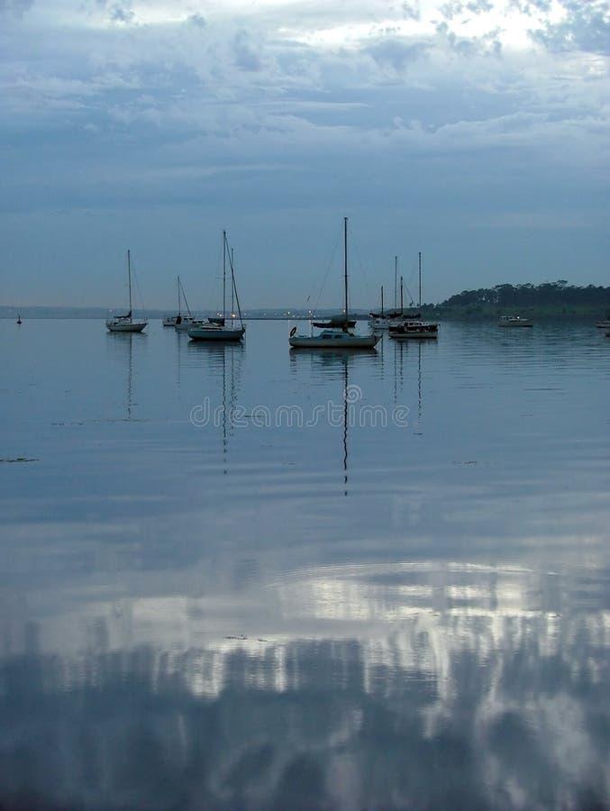 Yachts de matin images stock