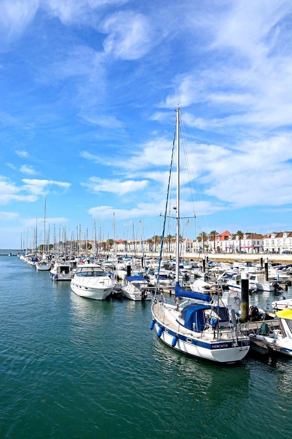Yachts o iun o porto, Vila Real de Santo Antonio fotografia de stock
