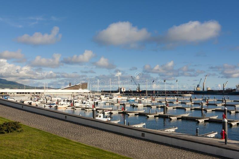 Yacth Jachthafen in den Azoren stockfotos