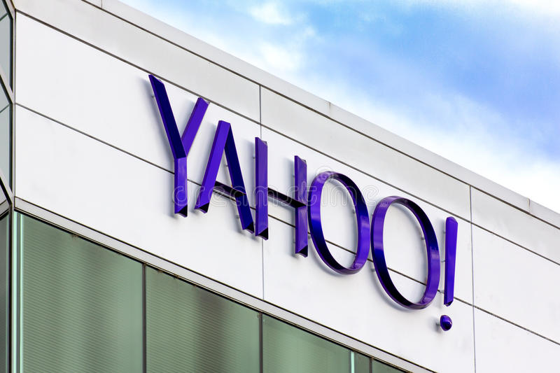 Yahoo Corporate Headquarters Sign stock foto's