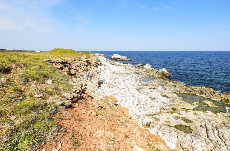 Yailata расположено 2 km к югу от Kamen Briag и 18 km к северо-востоку от Kavarna стоковые фото