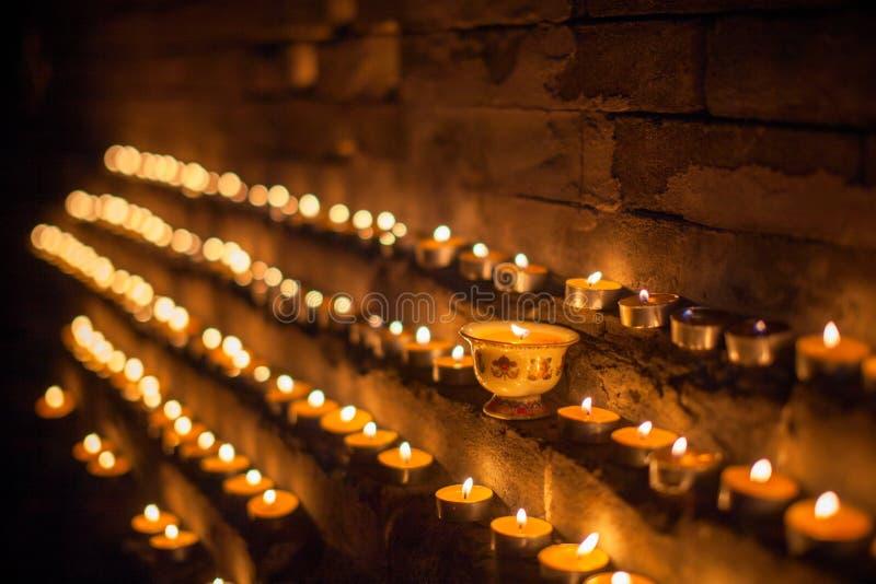 Yak βουτύρου λαμπτήρες στο Θιβέτ στοκ εικόνες