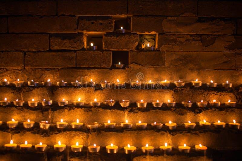 Yak-Butterlampen in Tibet lizenzfreie stockfotografie