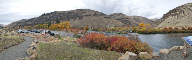 Yakima River Canyon Scenic Byway - nedgångfärgpanorama royaltyfria bilder
