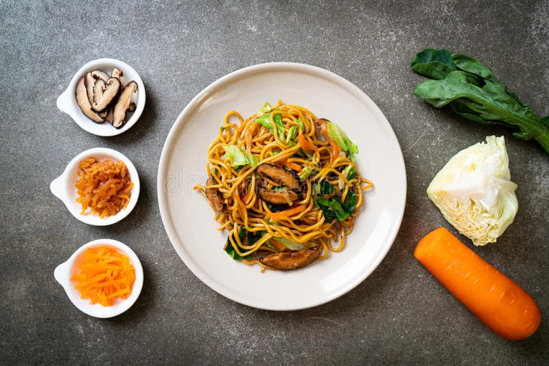 yakisoba noodles stir-fried with vegetable in asian style - vegan and vegetarian food royalty free stock photos